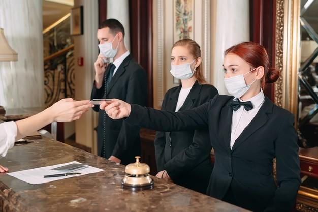 هتل های مورد تایید کانادا جهت قرنطینه سه روزه
